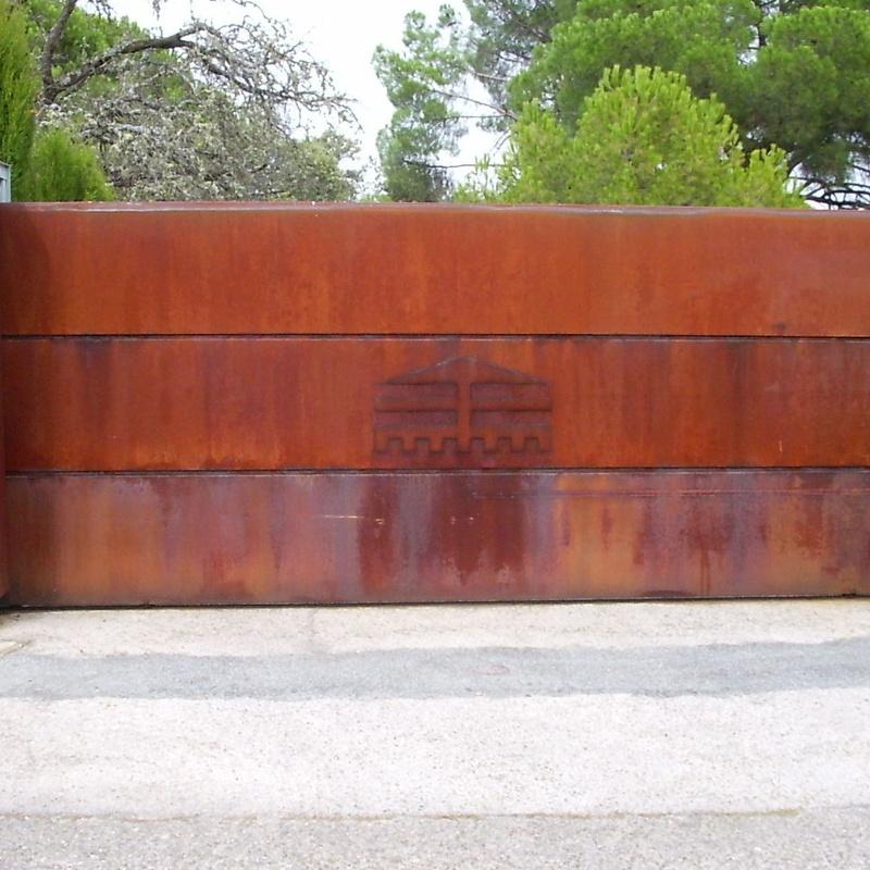 Puerta corredera imitación oxido
