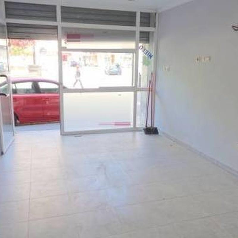 Local en alquiler, Hellin 250€: Compra y alquiler de Servicasa Servicios Inmobiliarios
