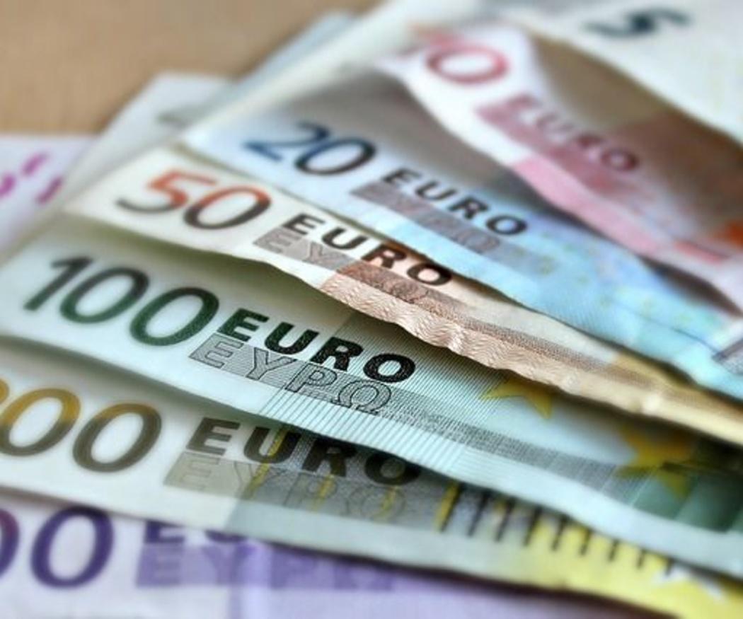¿Cómo se juega al Euromillones?