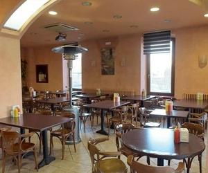 Cafetería y restaurante