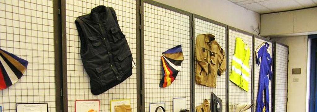 Ropa de trabajo y uniformes en Valladolid | Angoma