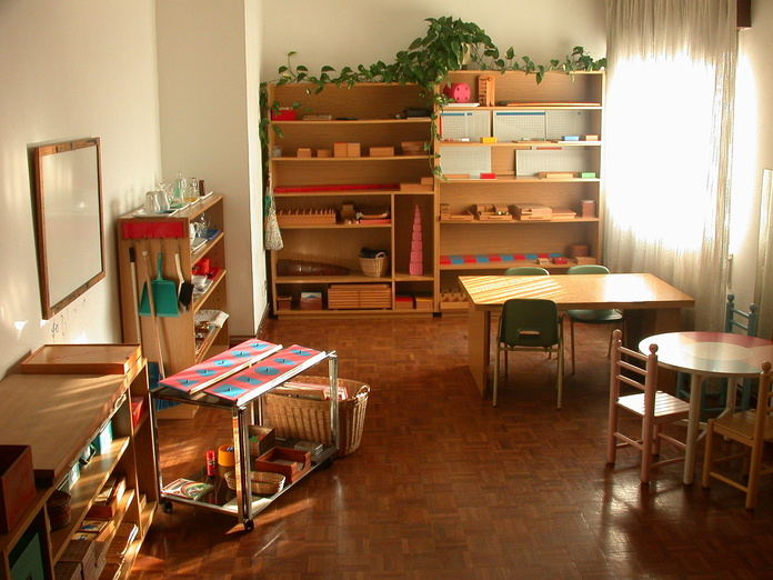 Salon Montessori }}