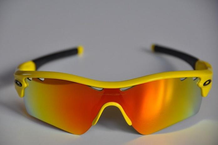 Gafas graduadas para pádel: Nuestros Servicios de Óptica Line