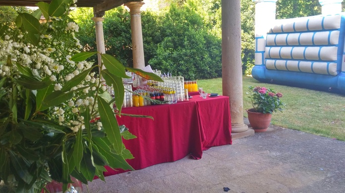 Barra libre, hinchable, fiesta particular