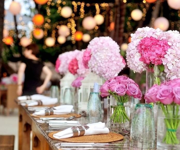Diseño floral: Servicios de Me & You Eventos y Protocolo