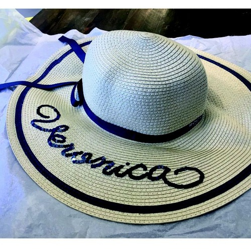 Sombrero con bordado
