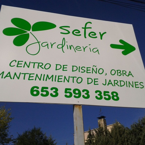 Diseño y mantenimiento de jardines en Majadahonda | Jardinería Sefer