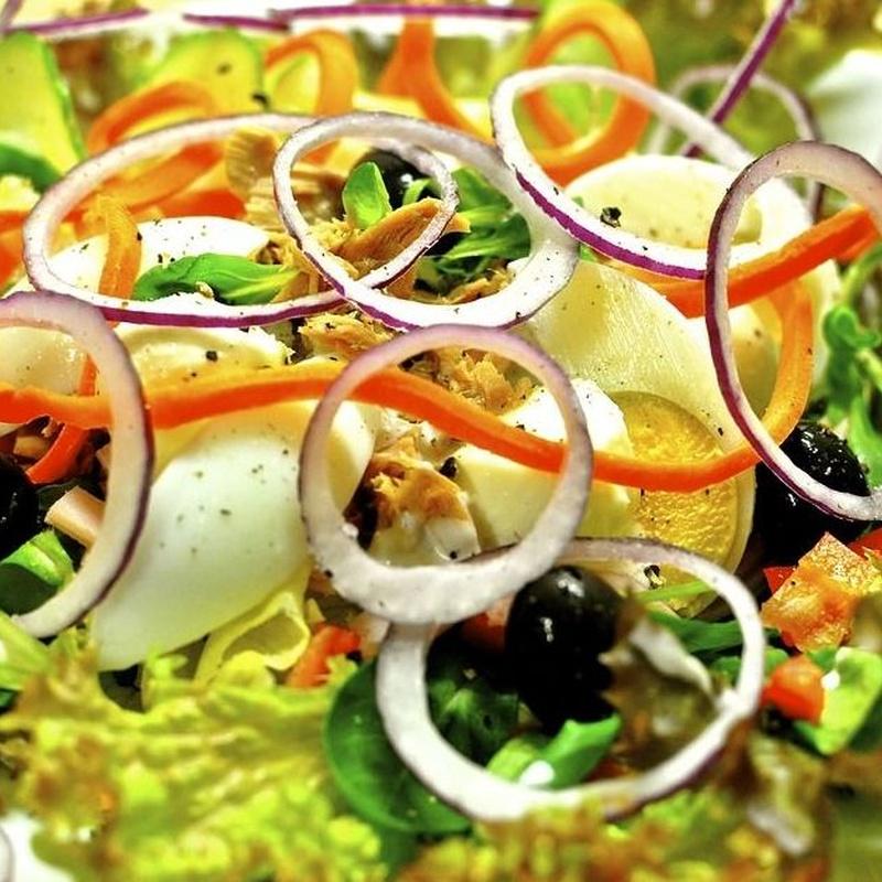 Ensaladas: Carta de Verna's Restaurante