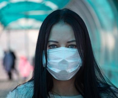 Los trabajadores de las residencias de mayores presentan alto nivel de estrés y miedo en la pandemia