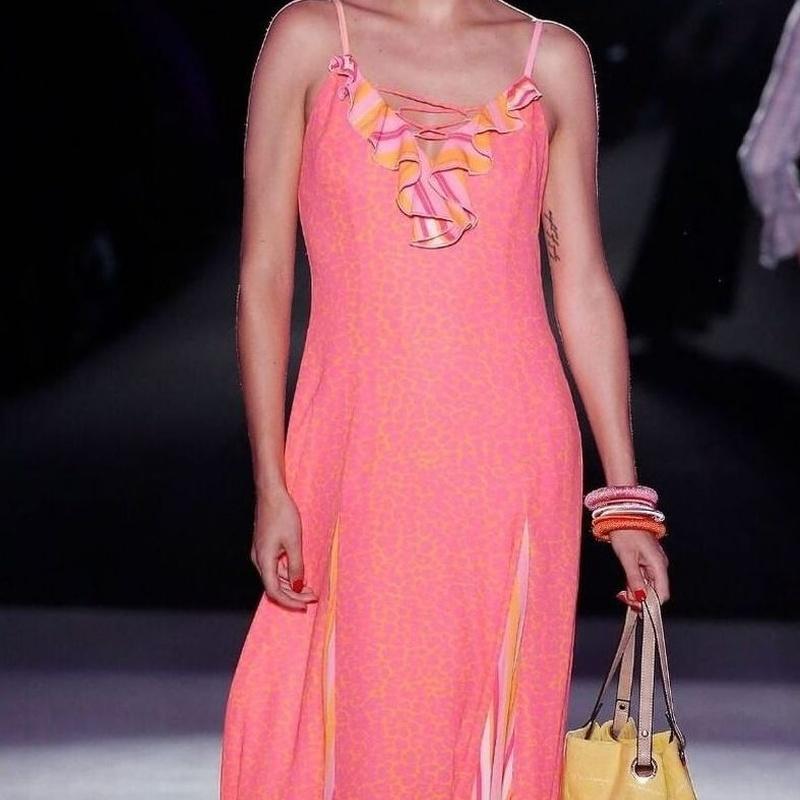 Señora: Servicios  de Emma Moda