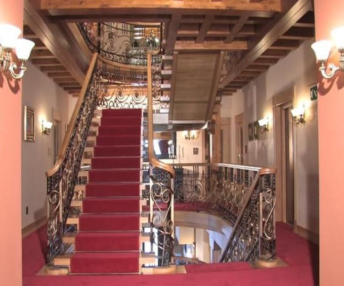 Escaleras: Productos de Carpintería Ortal