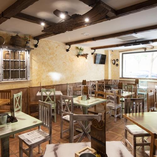 Bar con gran variedad de tapas en Móstoles