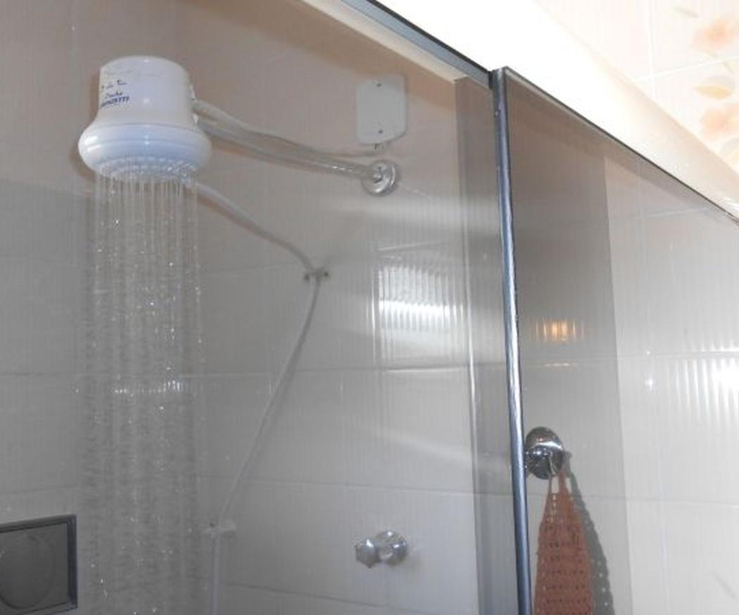 Ventajas de sustituir la vieja bañera por un plato de ducha