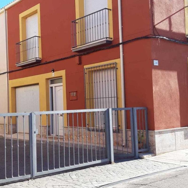 Venta de adosado en Las Labores: Inmuebles Urbanos de ANTONIO ARAGONÉS DÍAZ PAVÓN