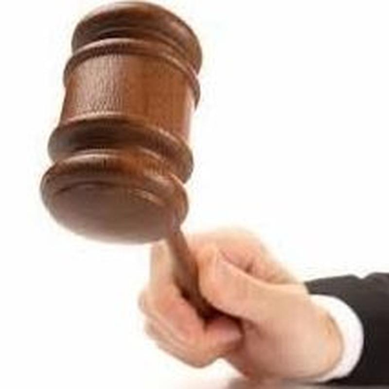 Seguro de defensa jurídica a comercios, oficinas y pymes: Seguros de Caser Segovia