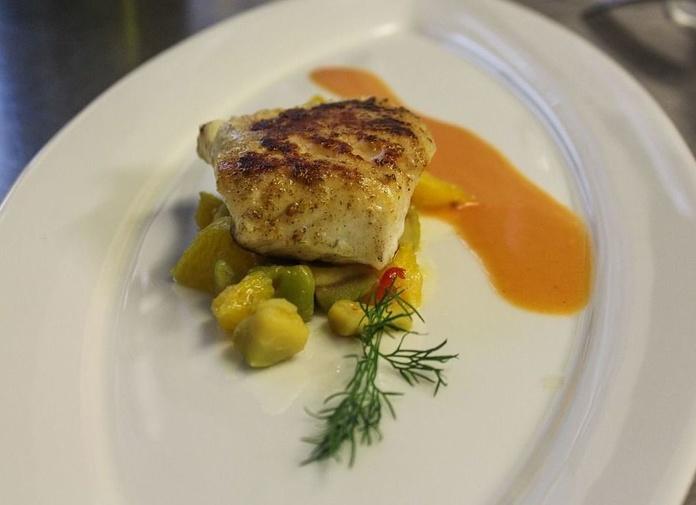Los pescados seleccionados : Cartas y menús  de Karola Etxea