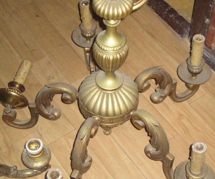 Lámpara de bronce de 5 luces  (ANTES)