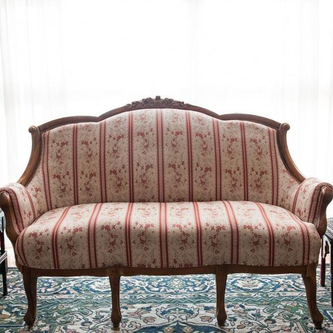 Mantenimiento y limpieza de tapicerías antiguas