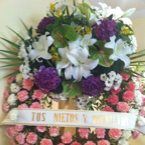 Coronas de flores para funerales en Miranda de Ebro