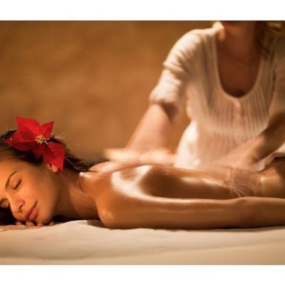 Masaje de espalda: Servicios de Bika Depilación