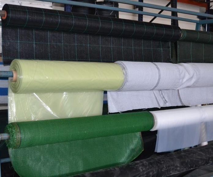 Tela de sombreo, plásticos agrícolas y malla antigerminante: Productos de Agro Garden