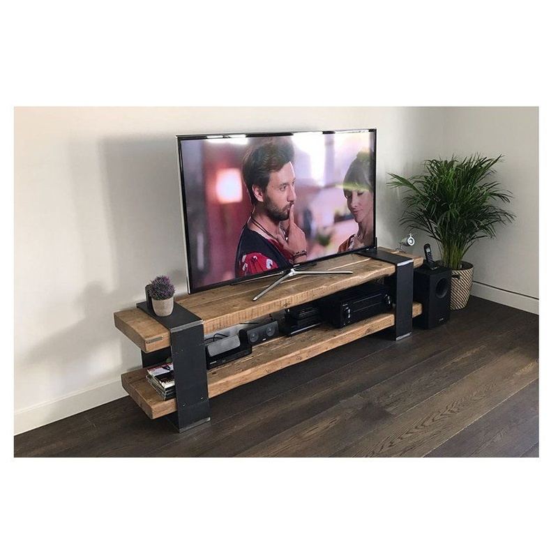 PFF. 046 · Mueble TV Cortés: Muebles de Paletto´s Furnature