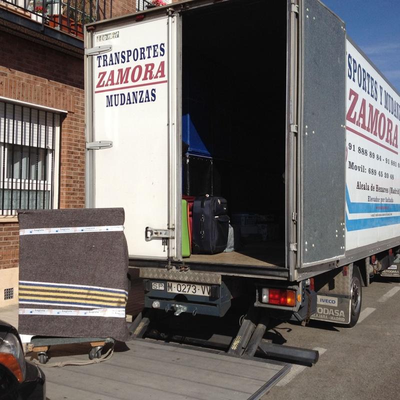 Mudanzas en dias de fiesta. Mudanzas domingos y festivos Alcala de Henares: Servicios de Mudanzas Zamora