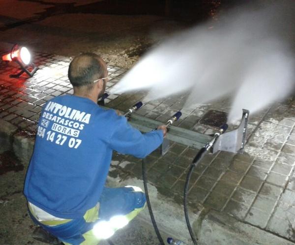 Limpieza de alcantarillado en Sevilla | Desatascos Antolima