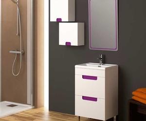 Amplia exposición en muebles de baño en  Rivas-Vaciamadrid.