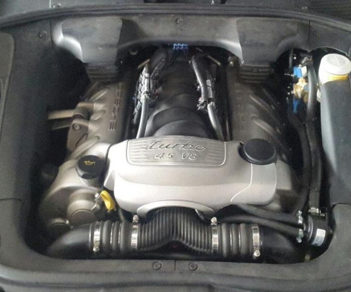 Porsche Cayenne 4.5 V8 450Cv