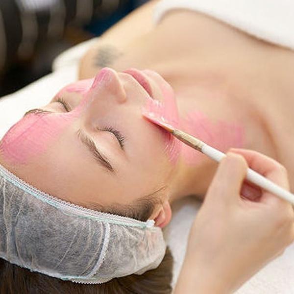 Promoción de Diciembre: 50% de descuento en la segunda sesión de tratamiento facial