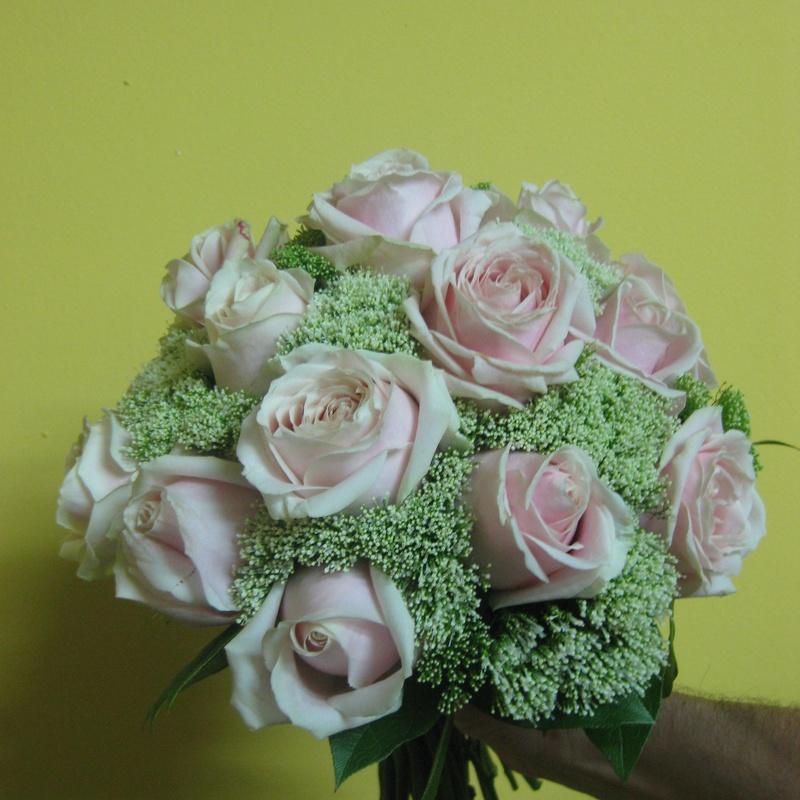 Bouquet de rosa envejecida:  de Floristería Pétalos