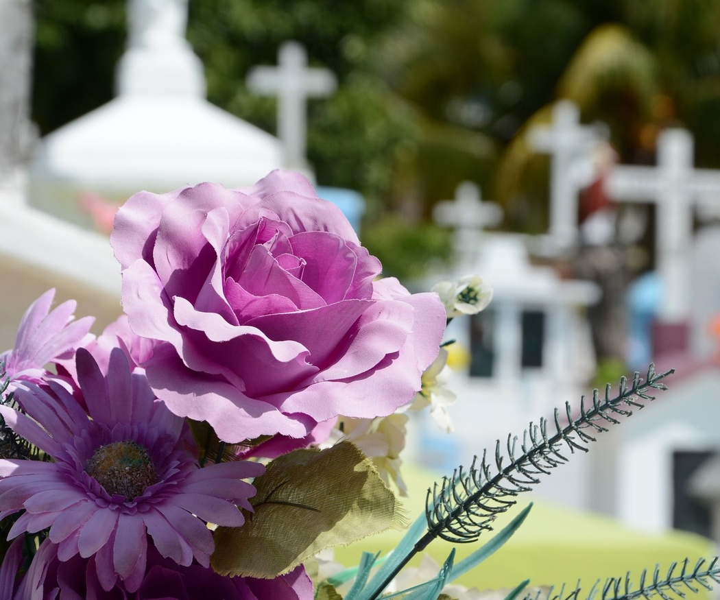 ¿Por qué las coronas funerarias tienen esa forma?