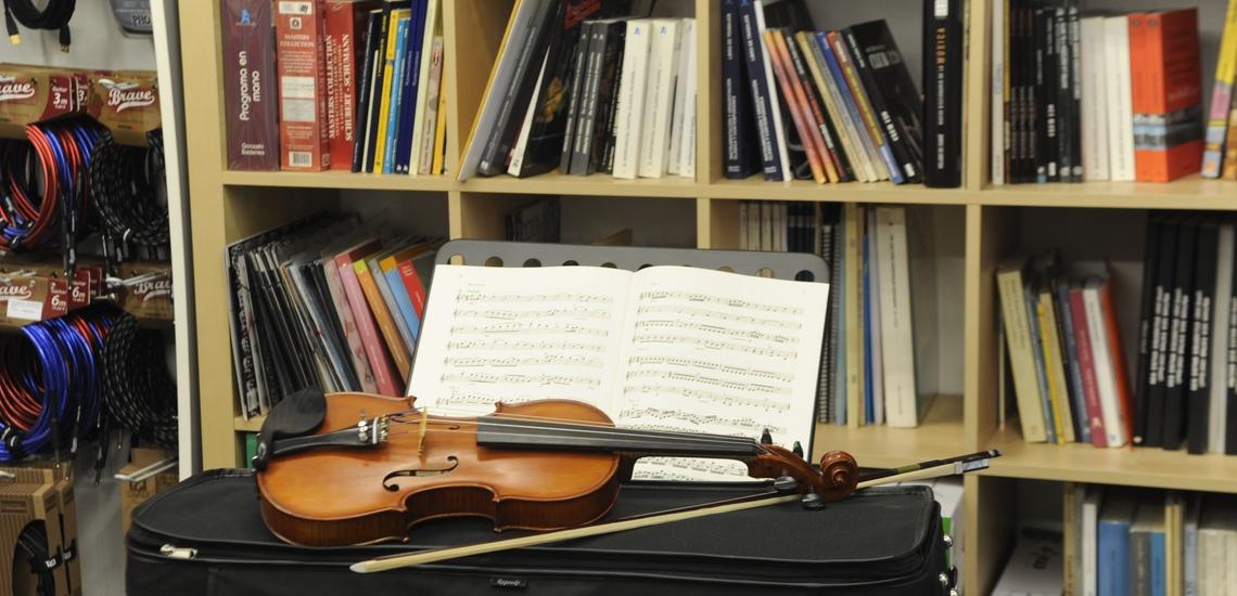 Partituras musicales para violín en Bilbao