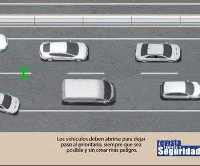 ¿Sabes cómo actuar ante un vehículo prioritario?⚠️⚠️⚠️