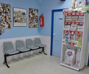 Sala de espera; alimentación y accesorios para mascotas: veterinario en Madrid, Hortaleza - Canillas