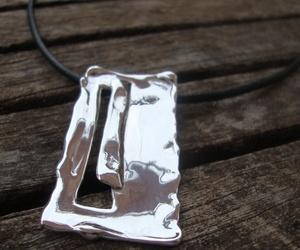 Colgante de plata artesanal