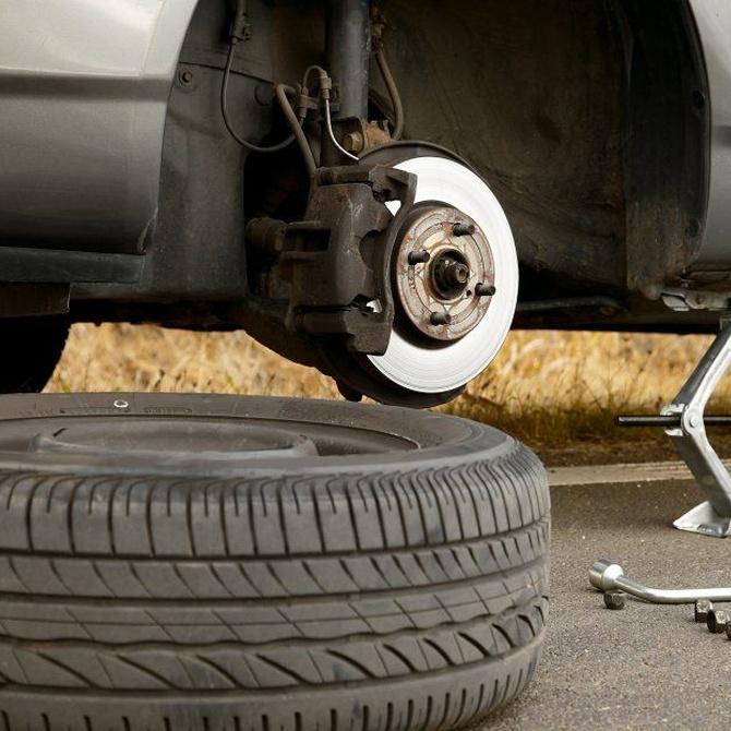 ¿Cuándo tengo que cambiar los neumáticos del coche?