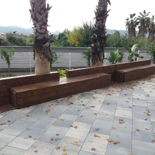 Asientos y bancos para jardines en Murcia