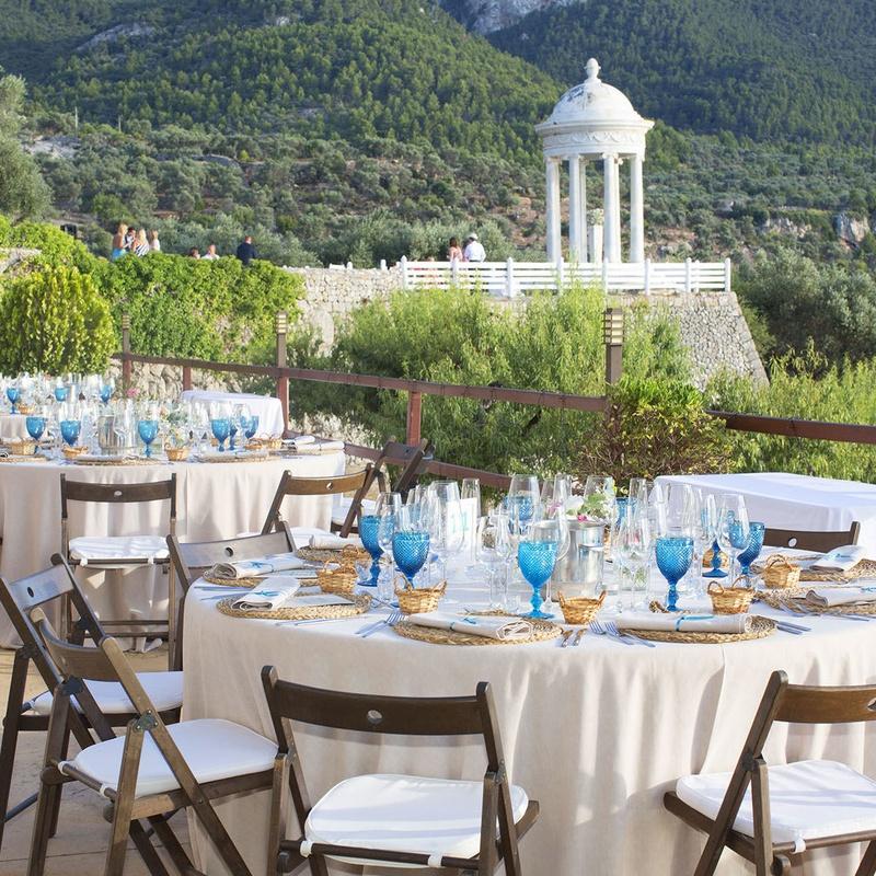 Catering para eventos especiales: Servicios de Finca Catering