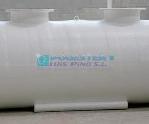 Depósitos para líquidos: Poliéster Luis Pino
