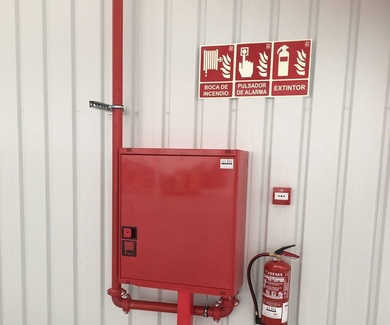 Instalación Bocas de Incendio Equipadas.