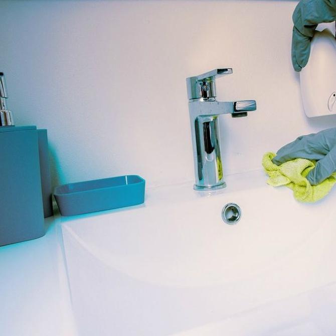 Precauciones al usar el amoniaco en la limpieza