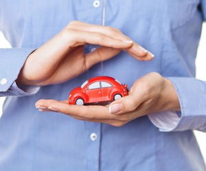 Extended auto insurance for third parties