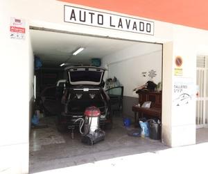 Lavado de coches a mano y con productos ecológicos