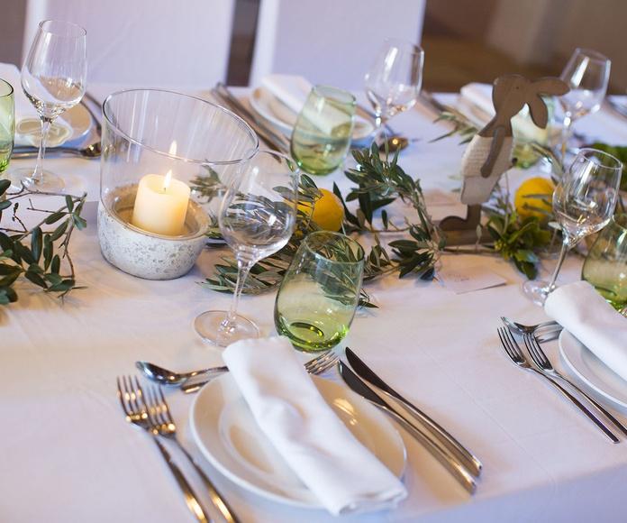 Elegante decoración en Pascuas por Finca Catering