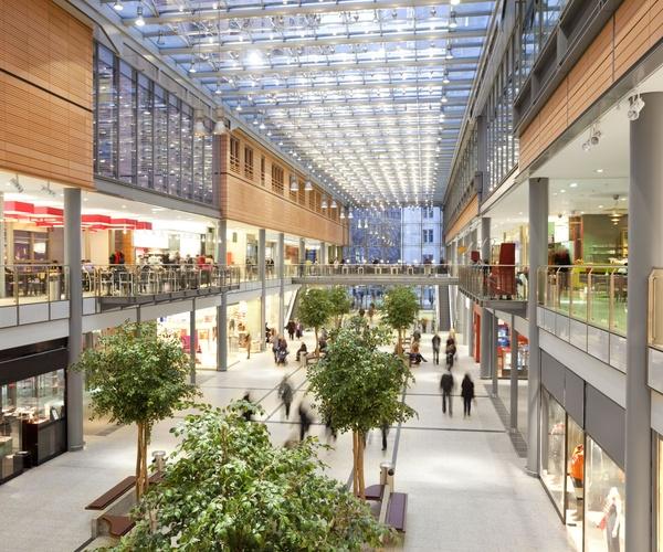 Iluminación para grandes superficies y centros comerciales