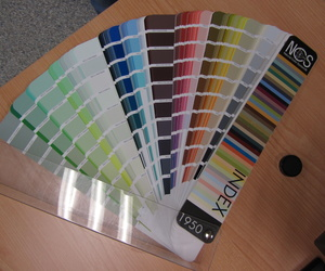 Carta de Colores Natural Color System, para una elección de color en un trabajo