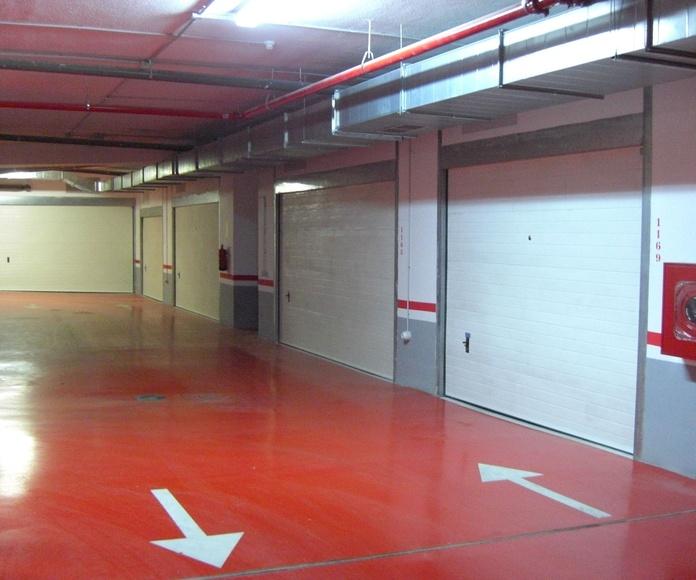 Puerta seccional chapa simple