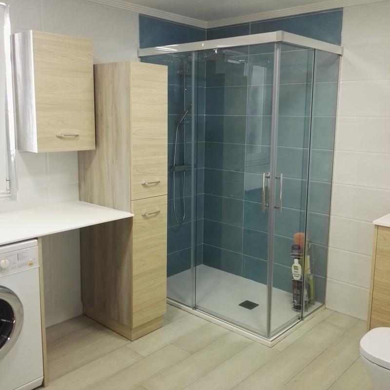 Mamparas de baño: Cocinas y baños de F. Alba, cocinas y baños
